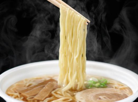 ヤマダイの「凄麺」の麺は、特許を取得した独自製法